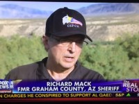 """""""All The Women Up At The Front"""" – Militiaman Sheriff Richard Mack, Bundy Ranch"""