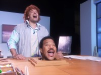 Jimmy Fallon Sings 'Hello' With Lionel Richie's Head [VIDEO]