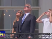 President Trump, First Lady Melania & Son Barron Check Out The Solar Eclipse 8/21 [VIDEO]